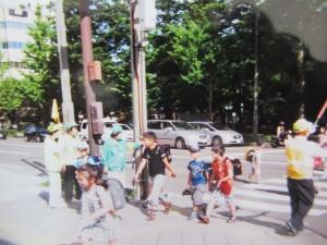 通学路での巡視活動